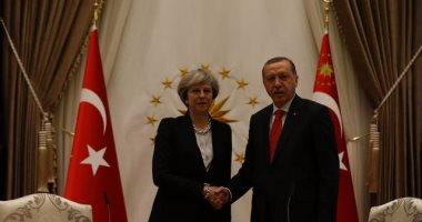 بريطانيا تدعو تركيا لاحترام الحقوق بعد الانقلاب