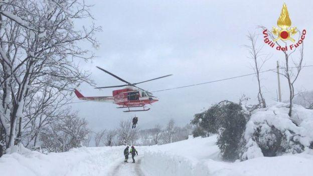 انهيار جليدي في ايطاليا ونجاه 6اشخاص وعدد من الضحايا والمفقودين