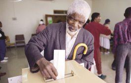 يختار أعضاء مجلس النواب رئيس للصومال غدا الأربعاء