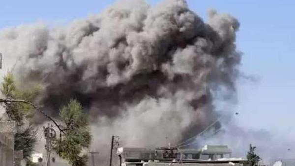18 قتيلا بينهم 5 أطفال في غارة على إدلب سوريا