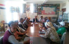 خلال إجتماعه بقيادة التحالف السياسي بالشمايتين