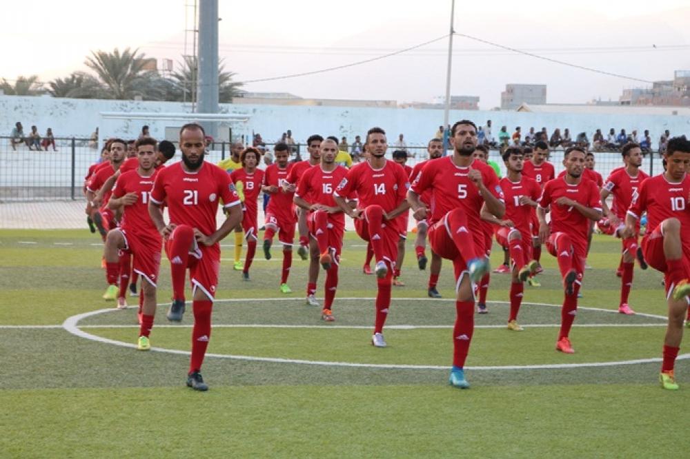 التحاق أربعة لاعبين محترفين الى معسكر المنتخب الوطني لكرة القدم في كوالالمبور