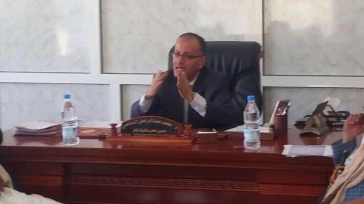 مدير عام مكتب المالية بتعز يلتقي بالنقابات ومنظمات المجتمع المدني