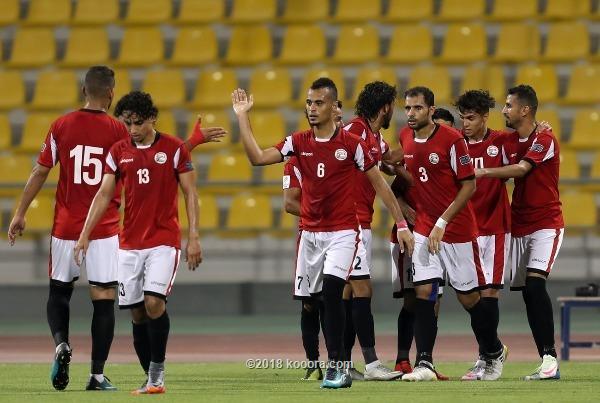 بحضوض ضعيفه منتخب اليمن الأول لكرة القدم و لاول مرة يشارك في البطولة الاسيوية