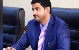 نائب وزير النقل اليمني يزور ميناء عدن ويطلع على المنظومة الأمنية