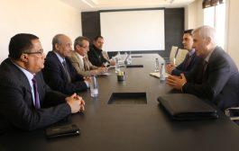 امين العام الاشتراكي اليمني، يلتقي سفير دولة روسيا الاتحادية لدى اليمن