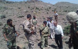 رئيس جهاز استخبارات الضالع يزور جبهة بيت الشوكي والعميد العولقي يدعو إلى رفع اليقظة