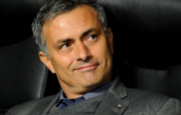 مورينيو يخرج من صمته و يحسم قرار العودة الى ريال مدريد