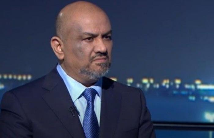 وزير خارجية الحكومة الشرعية  خالد اليماني يستقيل من منصبه