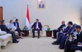 رئيس الورزاء اليمني يعترف ضمنيا بتمكن الحوثيين من خداع التحالف والشرعية والامم المتحدة