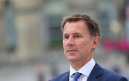 وزير خارجية بريطانيا يؤكد ضرورة الحل السياسي باليمن