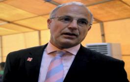 السفير البريطاني: يمنيون يرون الحرب هي الحل الوحيد لبلادهم