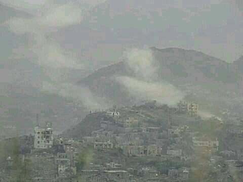 القوات الحكومية تشن هجوما على مواقع ميليشيا الانقلاب بتعز