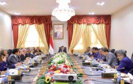 الناطق باسم الحكومة اليمنية : لا وجود لأي شكل من أشكال الحوار حتى الآن مع ما يسمى المجلس الانتقالي