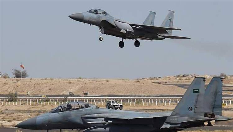 طيران التحالف تدمر اليات عسكرية انقلابية شمال الضالع