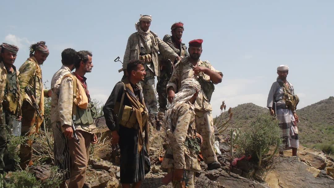 قوات اللواء30 مدرع والقوات المشتركة على مشارف سوق الفاخر غرب الضالع