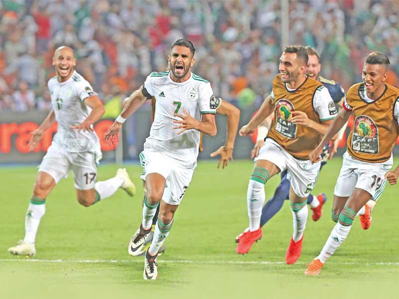 هنا القنوات المفتوحة وموعد مشاهدة مباراة الجزائر والسنغال