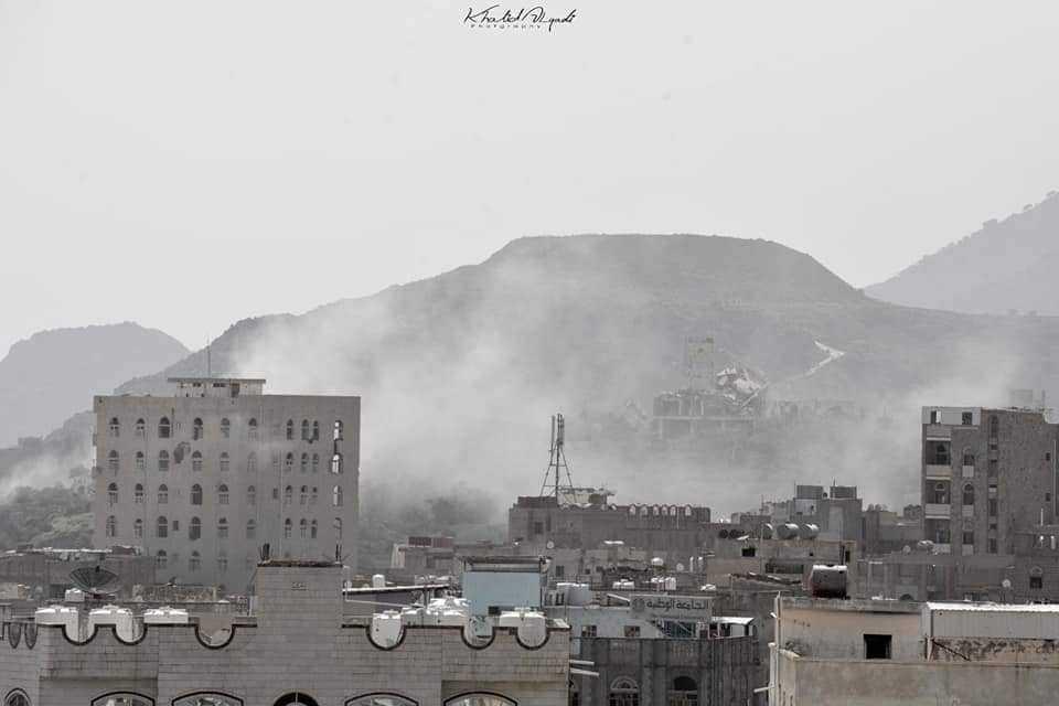 تعز :  مقتل امرأه برصاص مليشيات الحوثي