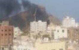 محطة للوقود تحترق في عدن