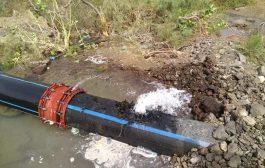 مؤسسة مياه عدن تباشر بإصلاح الضرر بمحطة البرزخ بجبل حديد