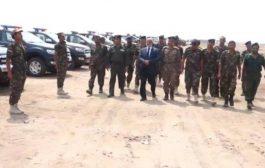 السعوديةتسلم شرطة الحديدة ثلاثين سيارة امنية