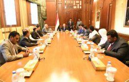 رئيس الجمهورية يؤكد على أن القضية الجنوبية جوهر السلام والاستقرار في اليمن