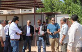 القائم بأعمال وزير المياه والبيئة يتفقد مشروع مرافق الصرف الصحي بمدينة سيئون