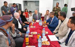 محافظ تعز يلتقي مديرة مكتب المفوضية السامية لشؤون اللاجئين