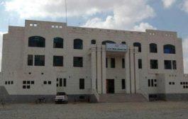 مسلحون يقتحمون مبنى النيابة العامة بمحافظة مأرب