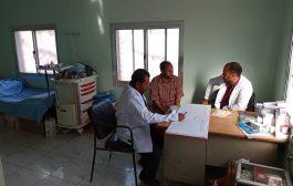 مدير الصحة بالمقاطرة ومنسق التغذية  يزوران المراكز الصحية في المديرية