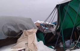 السيول تغرق مخيمات النازحين وتتسبب بوفاة وإصابة 107 منهم في مأرب