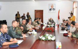 اللجنة الامنية بتعز تعقد اجتماعاً موسعاً لمناقشة الأوضاع العسكرية والأمنية بالمحافظة