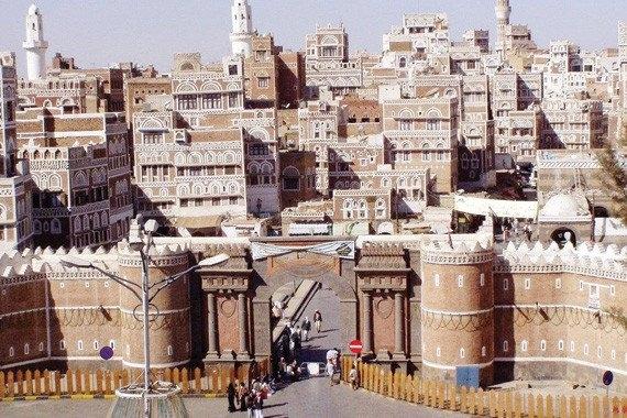 هيئة المعالم التاريخية تدعو اليونيسكو لإنقاذ صنعاء القديمة