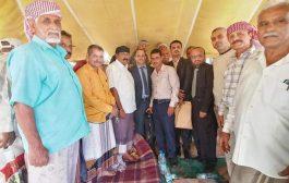 فريق وزارة حقوق الإنسان يزور مخيم المعتصمين العسكريين في عدن