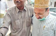 رئيس الجالية اليمنية بالصومال يقدم واجب العزاء لاسرة الفقيد العمودي