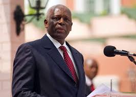 رئيس أنغولا لن يخوض انتخابات 2017