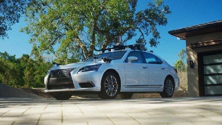 تويوتا عرضت سيارة ذاتية القيادة قادرة على التعلم