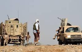 مقتل قيادي من مليشات الحوثي ومعارك عنيفة في محيط معسكر خالد بن الوليد في جبهة الساحل الغربي