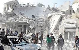مقتل وإصابة العشرات بضربة جوية على سجن في إدلب
