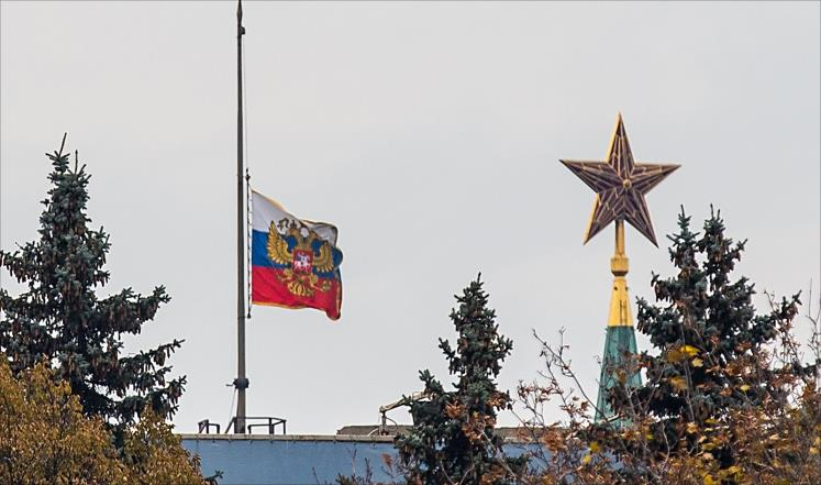 روسيا ترفض ضرب سوريا وتلغي اتفاق أمن الطيران