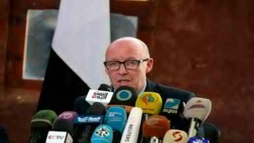 الحكومة اليمنية تطالب بتغيير منسق الأمم المتحدة للشئون الانسانية