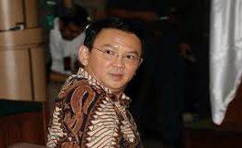 تأجيل الحكم على حاكم جاكرتا بتهمة الإساءة للقرآن