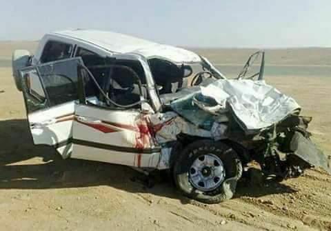 حادث مروري على طريق العبر في صحراء حضرموت يودي بحياة مغتربين