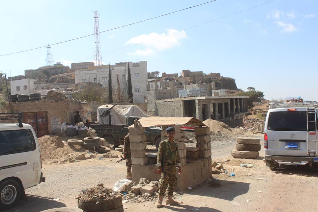 قوات الأمن الخاصه تستلم العديد من النقاط الأمنية في الشمايتين
