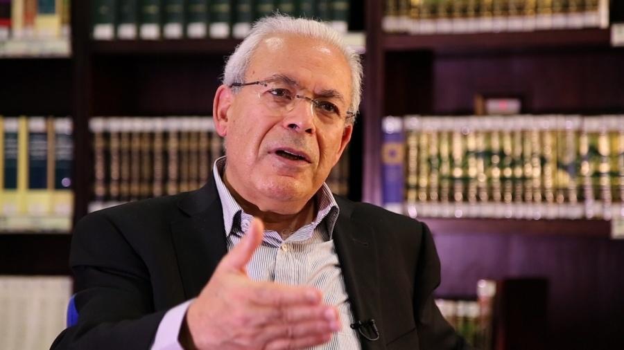 المفكر السوري برهان غليون يكتب : الحداثة ومركزية الانسان