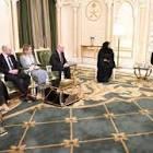 الرئيس هادي يلتقي بوزير الدولة البريطاني لشؤون الشرق الأوسط