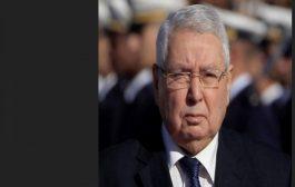 عبد القادر بن صالح رئيسا مؤقتا للجزائر والاحتجاجات تعلن موقفها