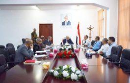 تعز: تشكيل لجنة من الجهاز المركزي للرقابة لتقييم ومراجعة عمل الضرائب في المحافظة