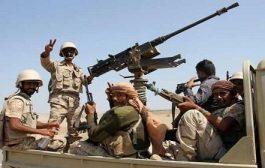 مدفعية الجيش الوطني تقصف تعزيزات وتحركات لمليشيا الحوثي بحجة