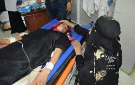 مقتل إمرأة مسنة وجرح اخرى برصاص قناص حوثي شمال تعز